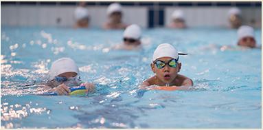 نتیجه تصویری برای swimming student
